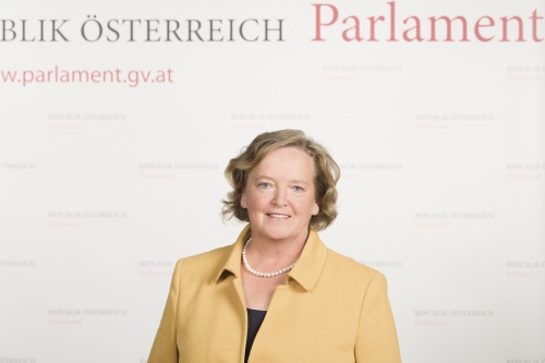 Angela Fichtinger - Nationalratsabgeordnete
