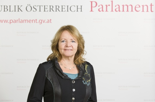 Ruth Becher - Nationalratsabgeordnete