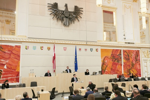 Bundesrat Michael Lindner (S) am Rednerpult