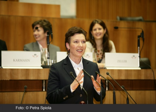 Podiumsdiskussion anlässlich des internationalen Frauentages