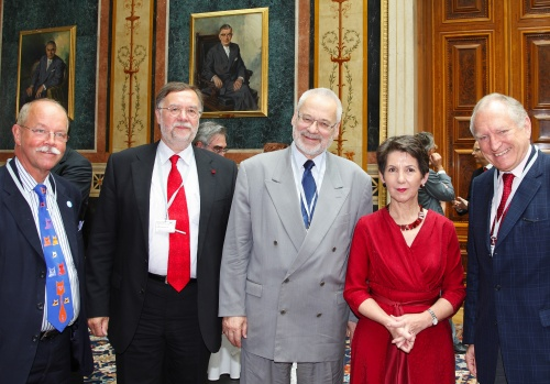 v.li. Prof. Leif Edvinsson - President of the New Club of Paris, Prof. DI Guenter Koch - New Club of Paris, Erhard Busek, Mag. Barbara Prammer - Praesidentin des Nationalrates und ein Veranstaltungsteilnehmer