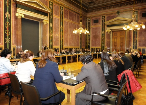 Study-Tour der ODIHR zum Thema 'Strengthening Parliamentary Structures for Women MPs in the OSCE Region'